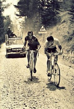 Fabbrica della Bici: youcantbuyland: Gravel Racers