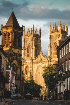 York Minster, York, England | Chin Yong. travel. traveling. Europe. Europa. Honeymoon. getaway. castle. old buldings destination. holiday. vacay. vacation. Europe tour