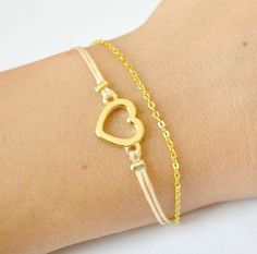 Heart bracelet with a gold heart charm, gold chain, beige cord. Bridal bracelet, bridesmaids gifts