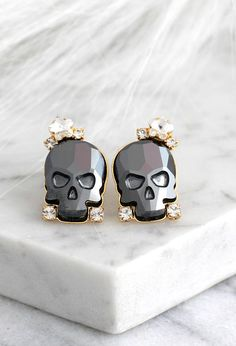 Skull Earrings, Sugar Skull Earrings, Black Skull Earrings, Gothic Bride Jewelry, Rock N Roll Bride Earrings, Gift For Her, Crystal Earrings  Petite Delights is an Official SWAROVSKI® Branding Partner Our brand is legally licensed & authorized By Swarovski Company for high quality manufacturing.  Details : ♥ Materials- Gold or Silver Plated Over Brass, CRYSTALLIZED™ Swarovski Element. ♥ Choose your style of plating at checkout ♥ U.S packages shipped via USPS® insured+USPS® tracking number...