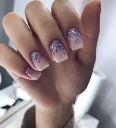 Want to know how to do gel nails at home? Learn the fundamentals with our DIY tutorial that will guide you step by step to professional salon quality nails. Cute Nails, Pretty Nails, Gel Nails At Home, Luxury Nails, Pretty Nail Designs, Stylish Nails, Glitter Nail Art, Perfect Nails, Pink Nails