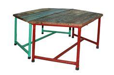 Mesas de la firma de muebles contract Francisco Segarra