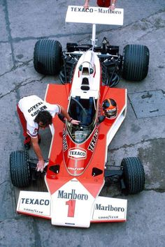 (Emerson Fittipaldi's) McLaren - Ford-Cosworth DFV cc cu in) naturally aspirated, mid-mounted. 1975 Argentine Grand Prix, Autódromo Oscar Alfredo Gálvez © McLaren Racing Ltd. Grand Prix, Le Mans, F1 Racing, Racing Team, Emerson, Nascar, Gp F1, Classic Race Cars, Formula 1 Car