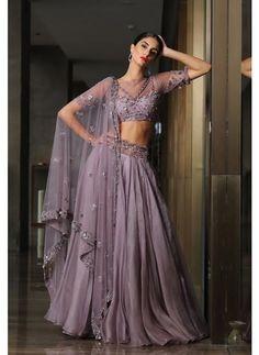 Party Wear Lehenga, Bridal Lehenga, Silk Lehenga, Indian Attire, Indian Ethnic Wear, Indian Wedding Outfits, Indian Outfits, Lengha Blouse Designs, Diwali Outfits