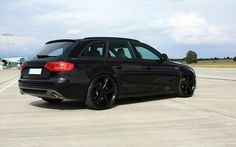 Avus Performance Audi TDI S-Line Avant Black Arrow 2009 photos Audi Wagon, Wagon Cars, S8 Audi, Audi Cars, Audi Kombi, Audi A4 Black, Black Edition, Station Wagon, Car Manufacturers