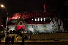 External Lighting Design : Church of St. John the Evangelist, Montreal, Canada 005 Of Montreal, Montreal Canada, Museum Lighting, St John The Evangelist, Lamp Post Lights, Stone Facade, External Lighting, Dramatic Lighting, Red Roof