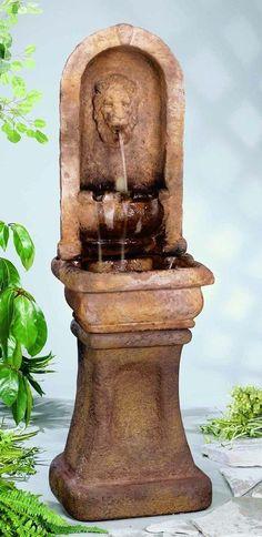 Tall Lion Alcove Fountain