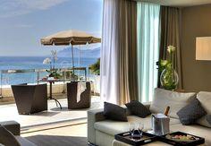 Disfruta de la vista que solo un hotel en la playa tiene para ofrecer