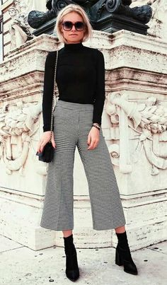 15 warm winter outfits with a turtleneck to copy ASAP