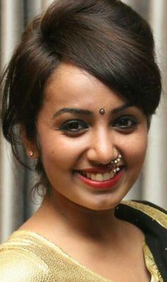 What a hot face! Pinterest Girls, Dating Girls, Girls In Panties, Beautiful Girl Image, Beautiful Women, Cute Faces, Woman Crush, Hottest Models, Indian Beauty