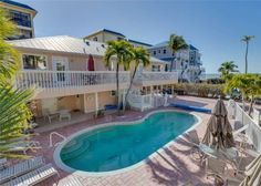 Sea Horse 1 Fort Myers Beach (Florida) Situated in Fort Myers Beach in the Florida Region, this holiday home is 23 km from Fort Myers. The property boasts views of the sea and is 37 km from Naples. Free private parking is available on site.