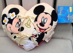 NWT NEW DISNEY PARIS MINNIE & MICKEY MOUSE BRIDAL WEDDING RING BEARER PILLOW