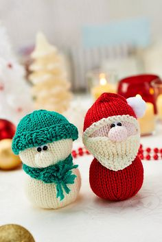 Ravelry: Santa and snowman duo pattern by Amanda Berry
