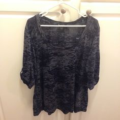 Blue and gray burnout top Gently used Blue and gray burnout top. Small pocket on chest. Soft material and comfortable. Slight pilling throughout. 3/4 sleeves with button detail. Lightweight. Twist tees brand from torrid. torrid Tops Tees - Long Sleeve