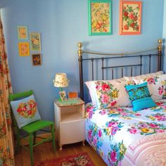 The guest bedroom. Sarah Maguire The guest bedroom. Funky Bedroom, Bedroom Vintage, Home Bedroom, Bedroom Decor, Style At Home, Granny Chic, Guest Bedrooms, Beautiful Bedrooms, New Room