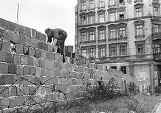 El Muro de Berlín: El levantamiento del Muro de Berlín