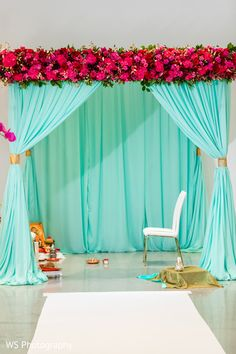 Dreamy Draped mandap and flower decoration. Desi Wedding Decor, Wedding Hall Decorations, Backdrop Decorations, Flower Decorations, Backdrops, Wedding Ideas, Mehendi Decor Ideas, Mehndi Decor, Marriage Hall Decoration
