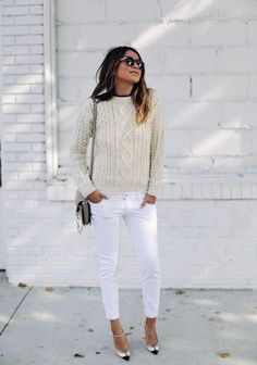 New How To Wear White Jeans Spring Sincerely Jules 32 Ideas Sincerely Jules, How To Wear White Jeans, White Denim, White Pants, Black White, White Fashion, Classic Fashion, Style Fashion, Fashion Outfits