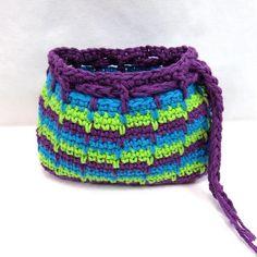Spike Stitch Makeup Bag | AllFreeCrochet.com