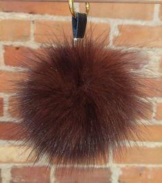 9da77da0a5e7 Amazon.com  HEARTFEEL Real Fox Fur Pom Pom Ball Keyring   Bag Purse ...