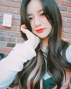 Korean Ulzzang, Ulzzang Girl, Korean Girl, Elegant Girl, Instagram Pose, Asian Doll, Girl Fashion, Womens Fashion, Asian Beauty
