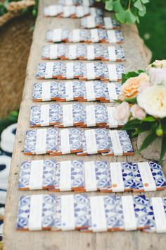 Best wedding favors for guests seating charts escort cards ideas Wedding Favor Table, Wedding Table Seating, Wedding Favors For Guests, Unique Wedding Favors, Wedding Place Cards, Wedding Table Numbers, Wedding Ideas, Mexican Wedding Favors, Mexican Weddings