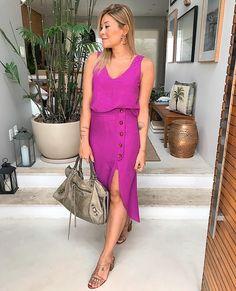"9f6e89f099 Fernanda Pontelo on Instagram  ""Colocando essa cor linda no feed 💥💗 .   mpdenim . .  boanoite  goodnight  look  ootd  fashion  style  outfit ..."
