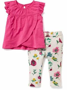 Shop Old Navy for cute outfits and clothing sets for your baby girl. Old Navy is your one-stop shop for stylish and comfortable baby clothes at affordable prices. Toddler Fashion, Toddler Outfits, Kids Fashion, Outfits Niños, Kids Outfits, Baby Doll Clothes, Girl Closet, My Baby Girl, Baby Girls