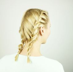 twisted pigtails for heatless beach waves