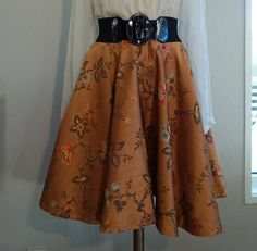 1950s skirt in silk-brocade