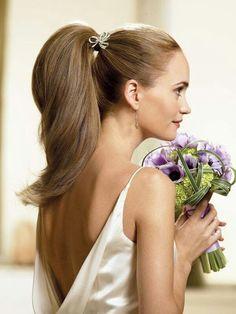 おやゆび姫の女の子♡ミニドレスに似合うポニーテールの髪型の参考♡
