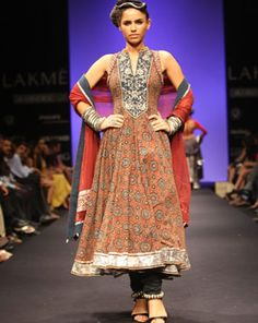 Anita Dongre - Images of Lakme Fashion Week September 2010 Fashion Show
