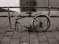 Más tamaños | broken bicycles... | Flickr: ¡Intercambio de fotos!