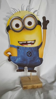 Minion Party Decorations by PaperGoodieGoodie on Etsy, $12.00