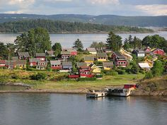 Norway...I like all the little houses, seems like here people are more focused on living and enjoying life and not on the big houses and cars they have. No wonder Norway is one of the happiest countries.