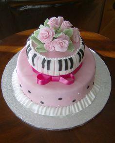 Gumpaste Rose Tiered Fondant Cake