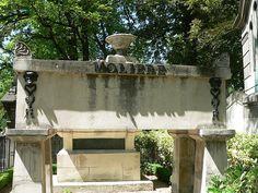 Tumba de Molière, en el cementerio de Père Lachaise, París.