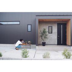 Cladding Design, Lightroom, Bungalow, Exterior, House Design, Windows, Architecture, Places, Outdoor Decor