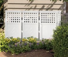Outdoor Screen Enclosure The decorative Outdoor Screen Enclosure is perfect for hiding any pool equipment, pool pump, trash cans, etc... Each kit includes 4 panels and 5 posts and be placed in any pos