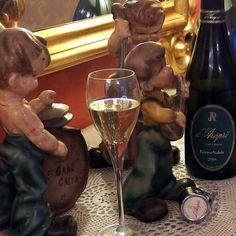 #spumante = #vino sonoro. #dArapri riserva nobile #bollicine #metodoclassico