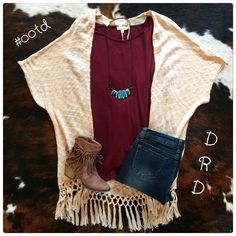 Outfit of the Day! Open today from 11-6pm! #ootd #fall2016 #dirtroaddivasboutique