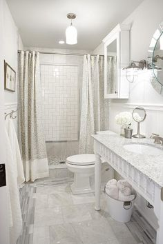Love the shower wall feature!