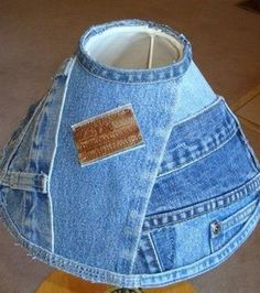 Being Green with Denim Blue Jeans - Upcycle some old jeans and Craft a DIY Denim lampshade Diy Jeans, Jean Crafts, Denim Crafts, Upcycled Crafts, Blue Jeans, Blue Denim, Green Jeans, Artisanats Denim, Denim Purse