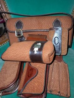 Carteras y billeteras de piel de carpincho