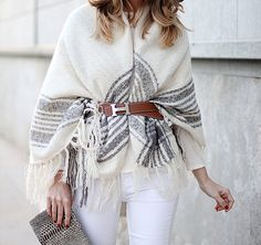 Hermes belt and white winter look by fashion blogger Mónica Sors, Barcelona