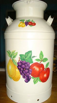 Milk Can painted by Diannes Divine Disigns