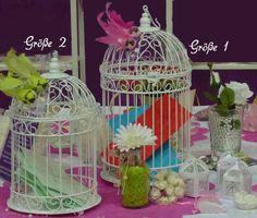 Weißer Vogelkäfig für ein sicheres verwahren der Glückwunschkarten und Geldkuverts die das Brautpaar während der Hochzeitsfeier überreicht bekommt.   •Für das Brautpaar bietet dieser Vogelkäfig...