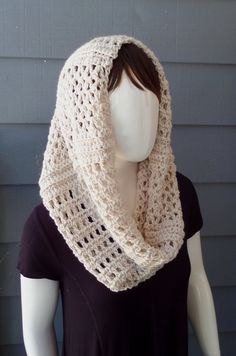 PATTERN C-080 / Crochet Pattern/ Clarice Cowl ... worsted 300