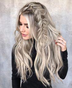 12 Easy Braids For Long Hair Enchanting side fishtail braid for long blonde hair Wedding Hairstyles Half Up Half Down, Easy Hairstyles For Long Hair, Summer Hairstyles, Hairstyle Ideas, Stylish Hairstyles, Hairstyles 2018, Hairstyles Haircuts, Clubbing Hairstyles, Long Blonde Hairstyles