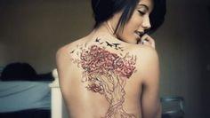 Scegliere un albero per il tatuaggio: significato e disegni